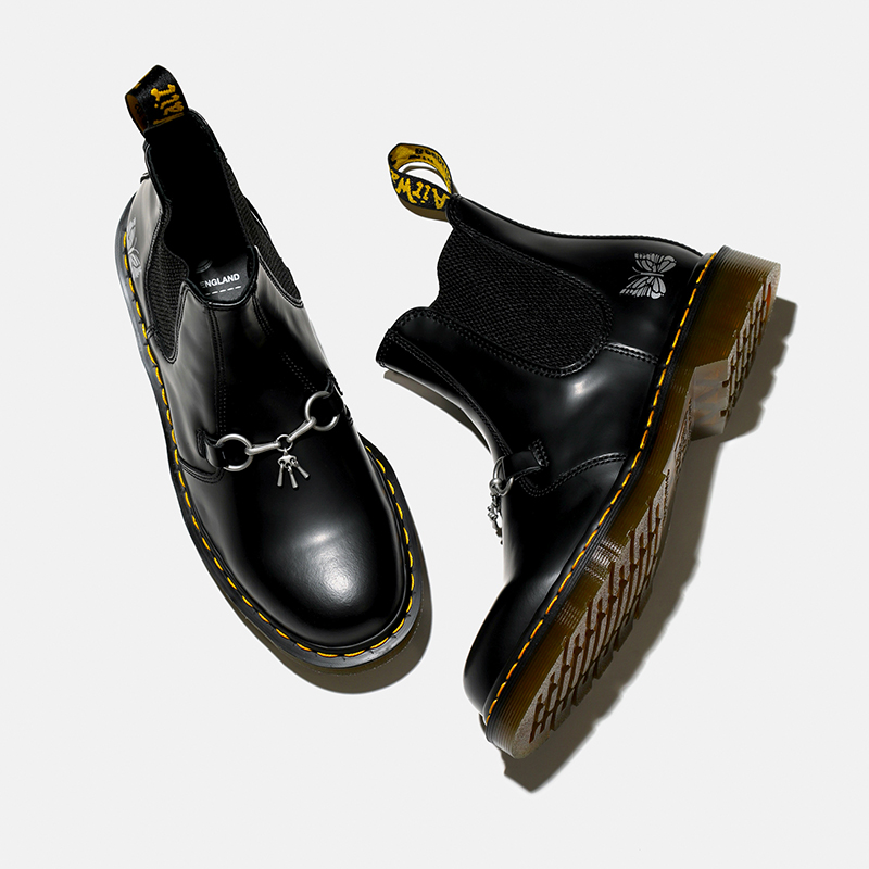 〈NEEDLES〉 x 〈DR. MARTENS〉WILL BE RELEASED on 2.27(Sat)