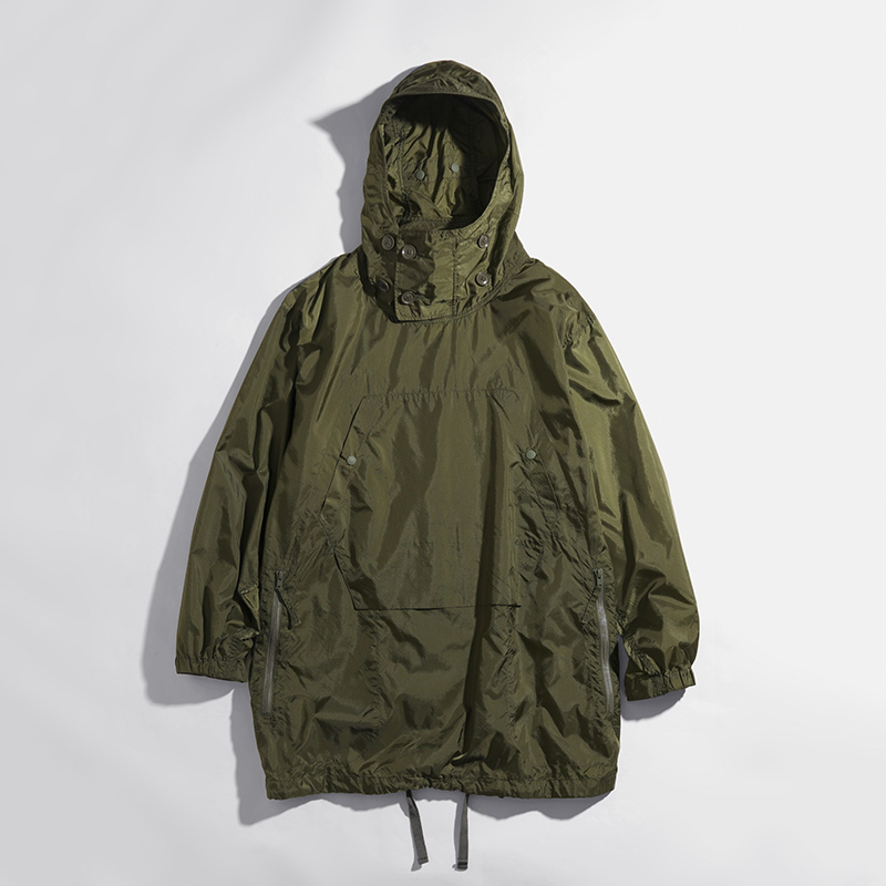 〈ENGINEERED GARMENTS〉OVER PARKA in STORE